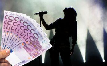 soza umelci nahla nudza 50 000 eur pomoc prispevok